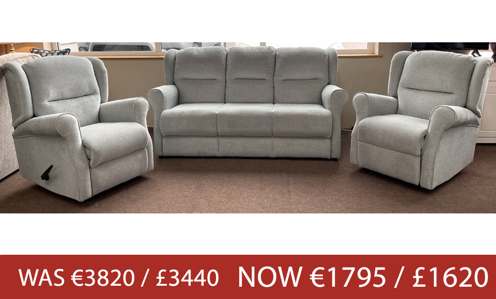 ↑ Oxford 3 Seater & x2 Oxford Recliners ↑
